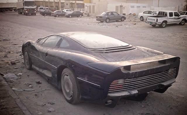 JaguarXJ220Qatar4