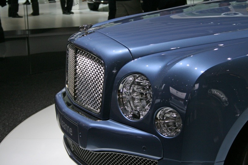 bentley-mulsanne-v8-