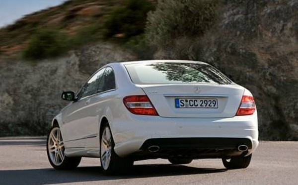 mb classe c coupe 02