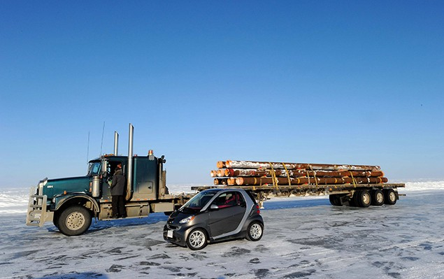 ice-road-smart-fortwo-2