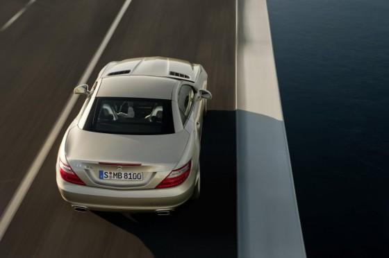 10C1230 005 560x372 Mercedes SLK 2011 : Photos et vidéos