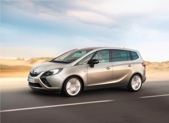 Photo Opel Zafira Tourer 2012 06 552x400 Opel Zafira Tourer 2012 : Tout nouveau et tout beau     (vidéo)