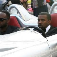 full wenn56575701 200x200 Festival de Cannes 2011 : Kanye West préfère se la péter en SLR Stirling Moss plutôt quen Latitude dCi !