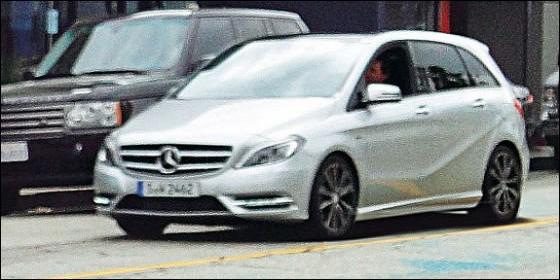 Mercedes-benz-Classe-B-2012.11-560x280