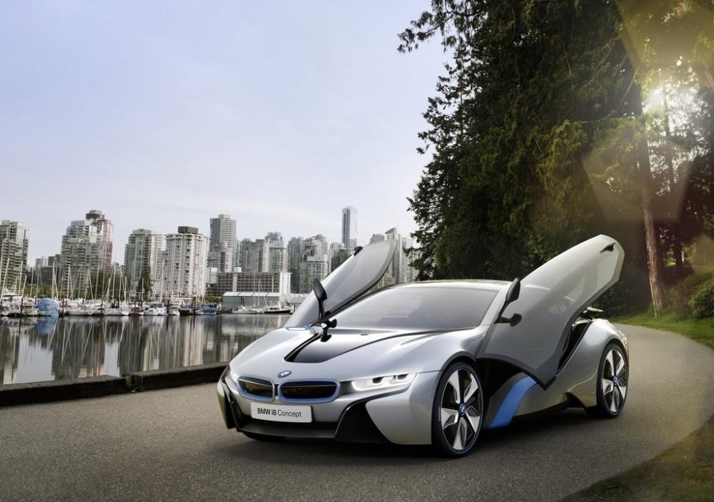http://cdn.blogautomobile.fr/wp-content/uploads/2011/07/BMW-i8_Concept_2011_12.jpg