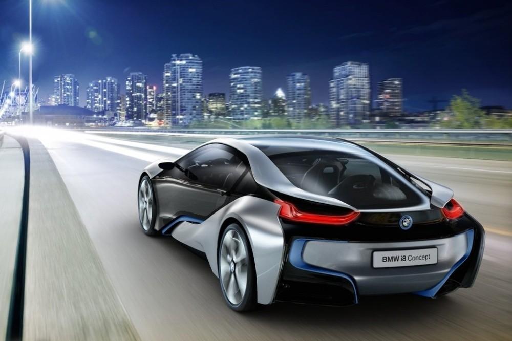 http://cdn.blogautomobile.fr/wp-content/uploads/2011/07/BMW-i8_Concept_2011_14.jpg