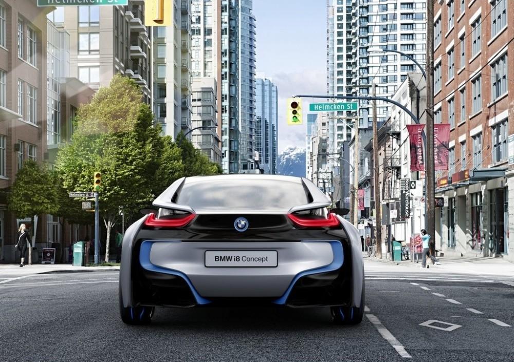 http://cdn.blogautomobile.fr/wp-content/uploads/2011/07/BMW-i8_Concept_2011_15.jpg