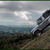 Land_Rover_Defender_MY2012_07-200x200