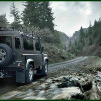 Land_Rover_Defender_MY2012_13-200x200