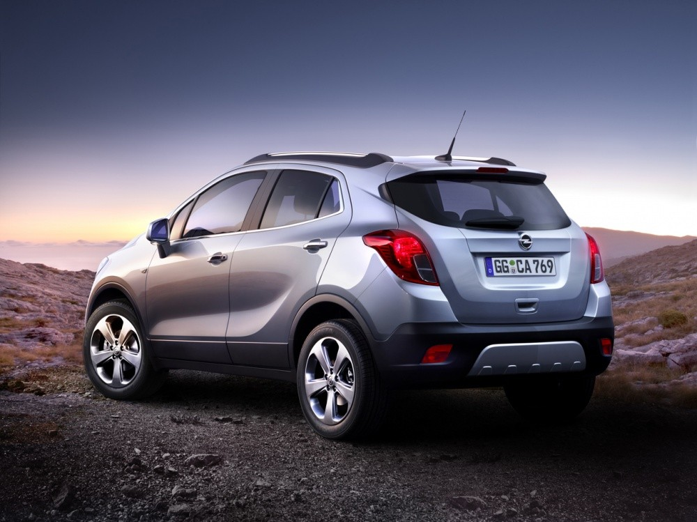 opel mokka et buick encore 2013 compacit et efficacit. Black Bedroom Furniture Sets. Home Design Ideas
