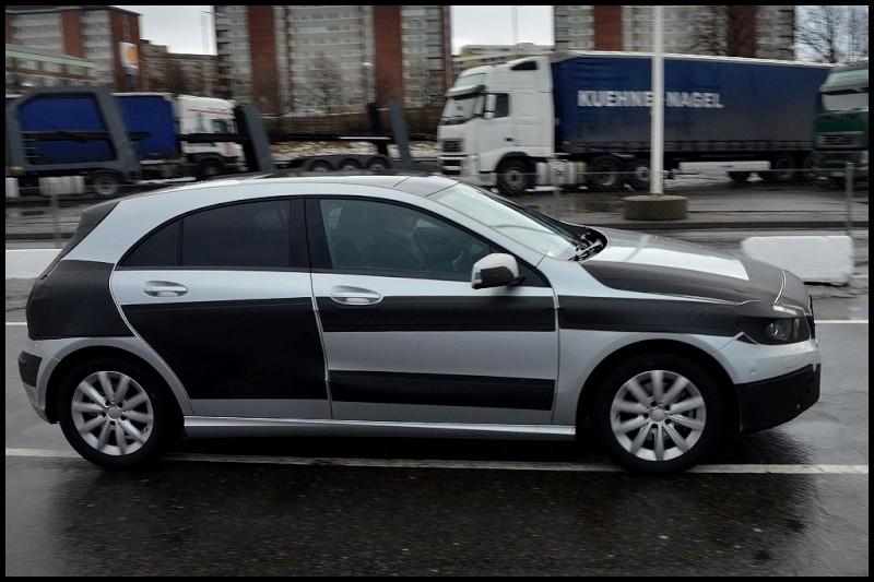 2012-Mercedes-A-Class-5