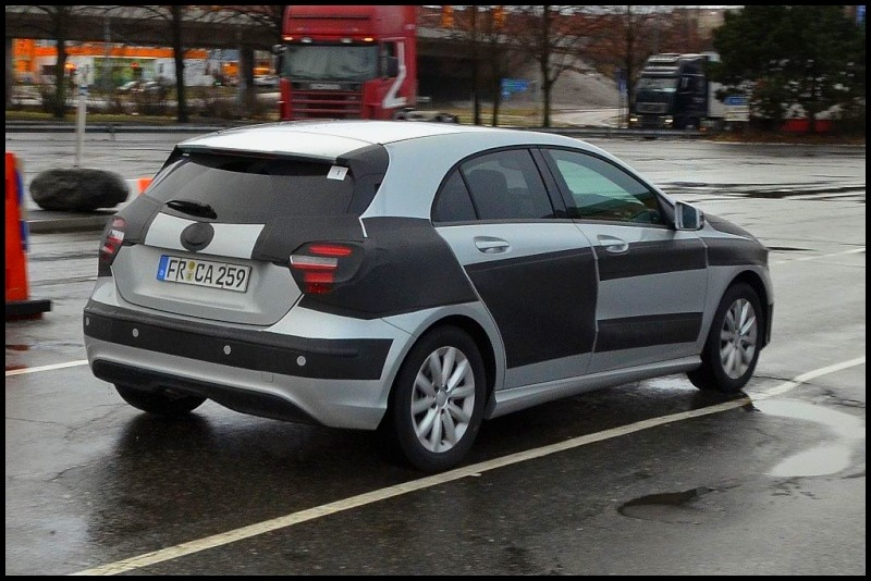 2012-Mercedes-A-Class-6