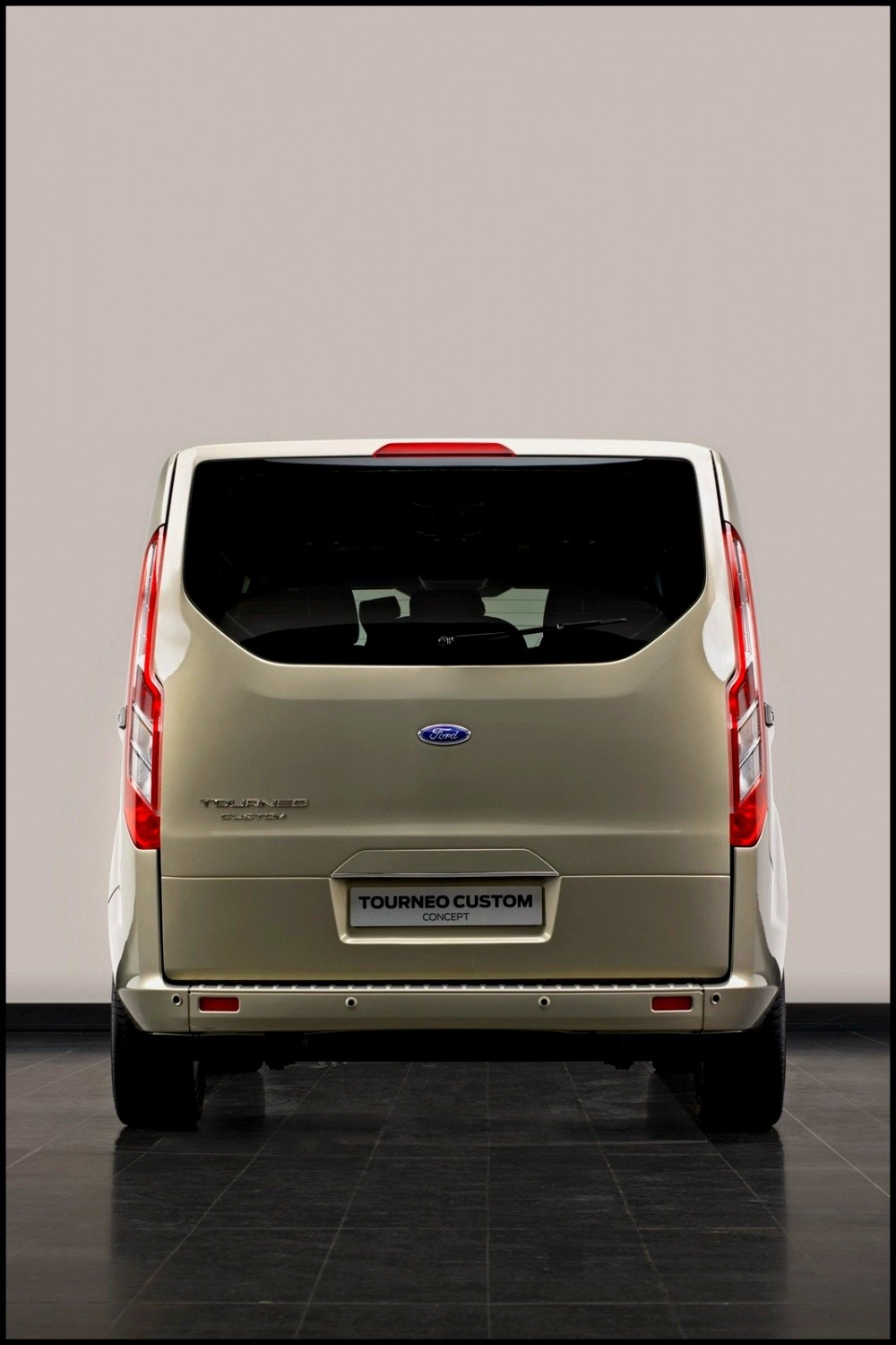 2012 ford tourneo custom concept. Black Bedroom Furniture Sets. Home Design Ideas