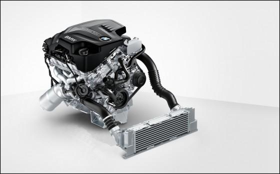 Photo Moteur N20B20 560x348 BMW X3 : La version 28i passe au 4 cylindres