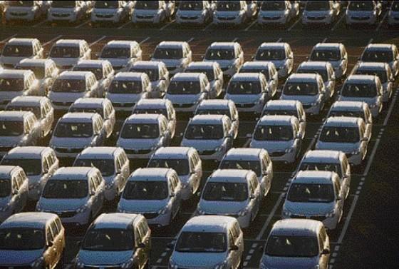 Photo Parc Lodgy à Renault Tanger1 560x377 Renault : Inauguration de lusine de Tanger  (vidéo)