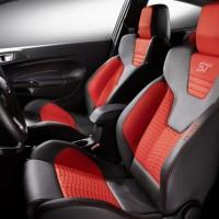 Photo 66997for Fiesta ST 11 200x200 Ford Fiesta ST : La petite sportive rouge de la marque à lovale bleu (vidéo)