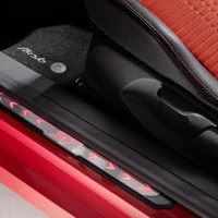 Photo 66997for Fiesta ST 14 200x200 Ford Fiesta ST : La petite sportive rouge de la marque à lovale bleu (vidéo)