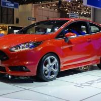 Photo 66997for Fiesta ST 15 200x200 Ford Fiesta ST : La petite sportive rouge de la marque à lovale bleu (vidéo)