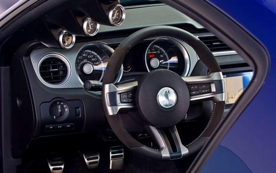 Photo Mustang shelby 1000.4 560x350 Ford Mustang Shelby 1000 : La très bonne moyenne... (vidéos)
