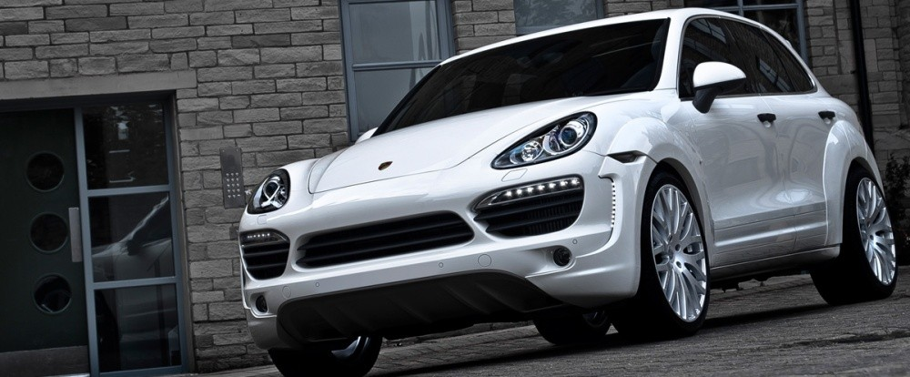 porsche cayenne wide track edition by kahn design si vous trouvez que le cayenne gts fait un. Black Bedroom Furniture Sets. Home Design Ideas