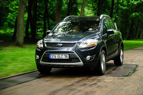 Ford Kuga sur route
