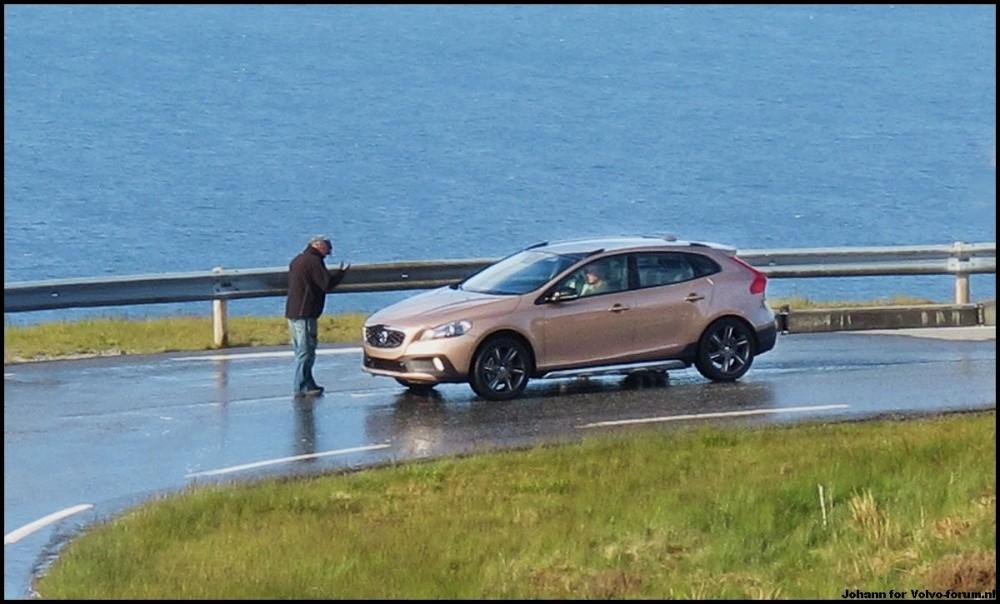 2018 - [Volvo] XC40  Volvo_XC40_spyshot