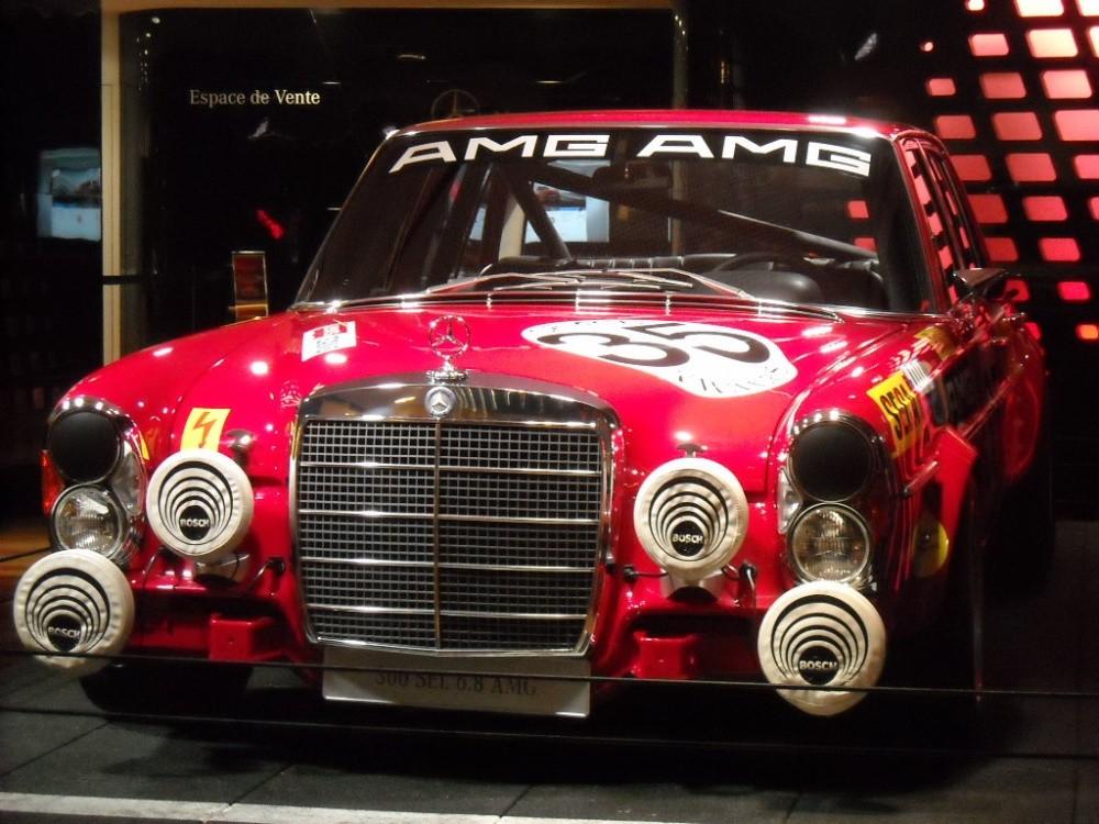 Mercedes-Benz 300 SEL 6,8 l AMG