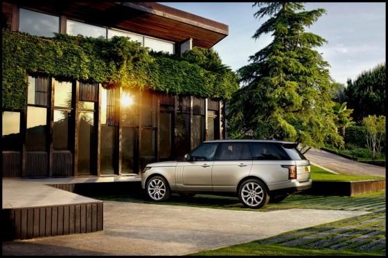 Photo Range Rover 2013.10 560x373 Land Rover : Le Range Rover 2013 officialisé + [MàJ et vidéo]