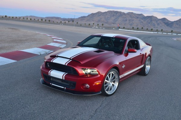 Photo Ford Mustang Shelby GT500 Supersnake 2012.3 600x399 Shelby GT500 Super Snake 2013 : Le démon shabille en Shelby
