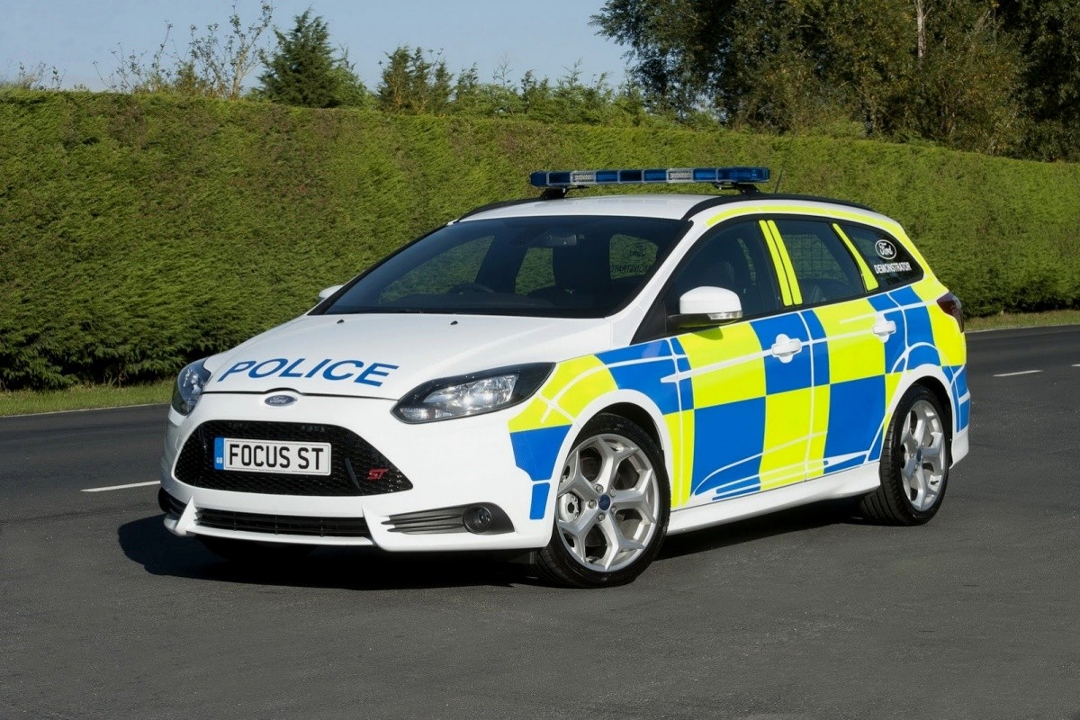 Ford-Focus-ST-Wagon-Interceptor-UK