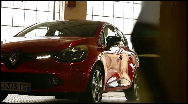 Renault Clio IV : Avant l'essai par Blogautomobile, celui par Renault TV  (vidéo)