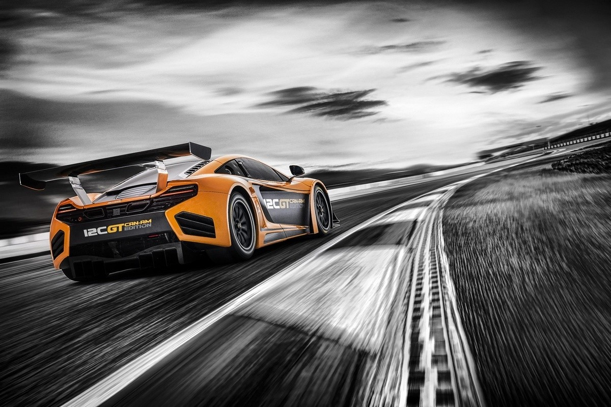 12C_GT_Can-Am_Edition_001