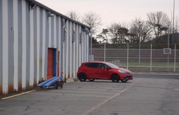 Photo Clio RS 2013.11 600x386 Renault Clio RS 2013 : A Dieppe, elles sont prêtes !