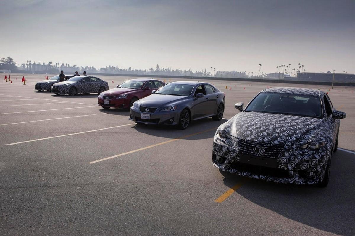Lexus-IS 2013-2014