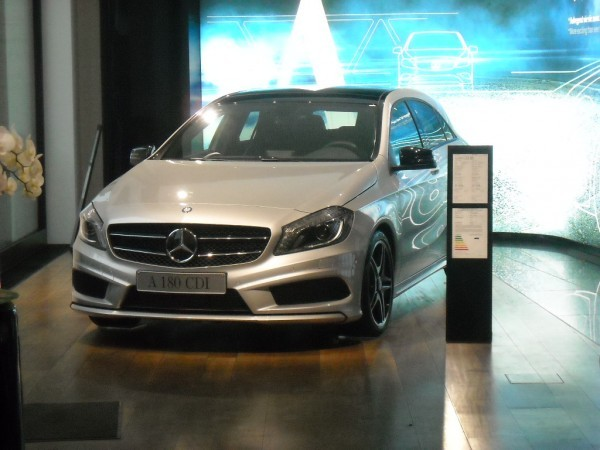 Mercedes Unter Den Linden (5)