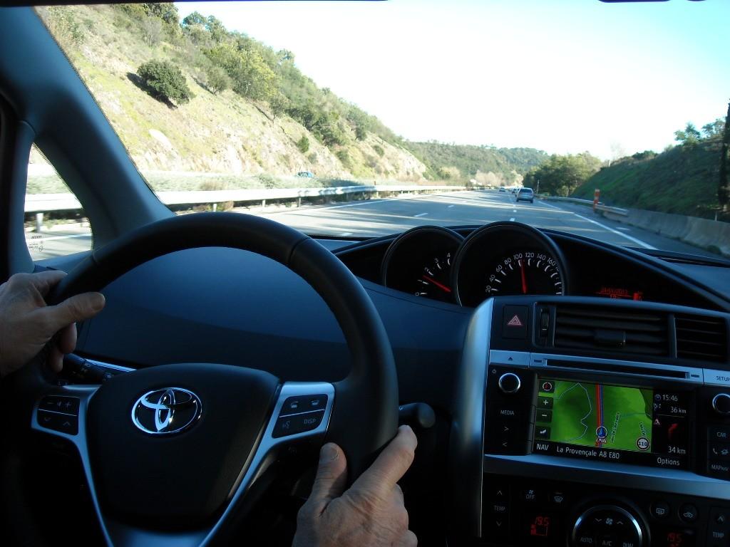 Toyota Verso 2013 Blogautomobile (1)
