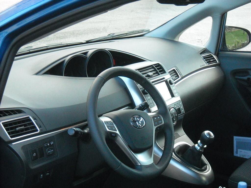 Toyota Verso 2013  Blogautomobile (36)
