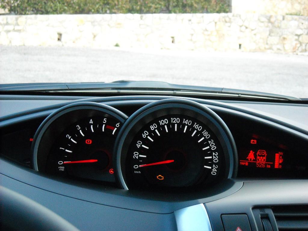 Toyota Verso 2013  Blogautomobile (38)