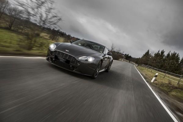 Aston-Martin-Vantage-SP10.0
