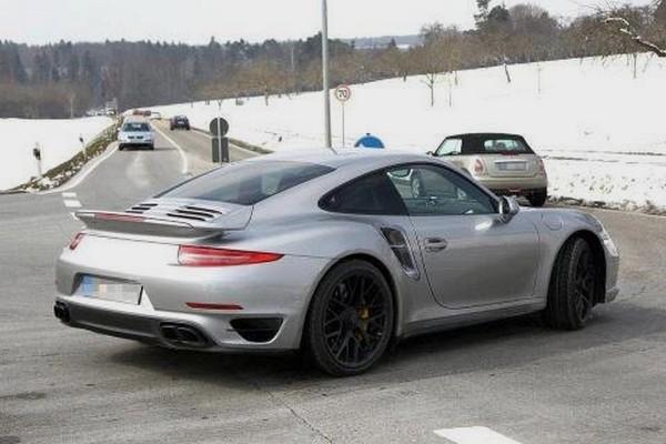 Porsche 911 Turbo 2014 by Seb Delanney