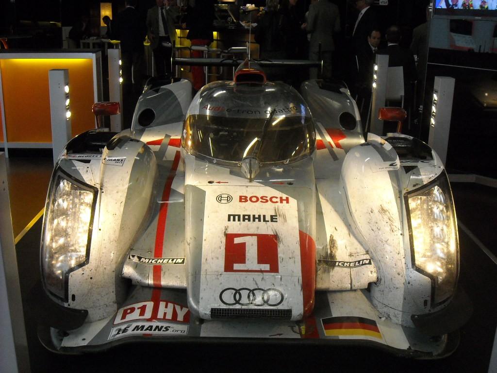 Audi R18 Genève Genève 2013 : R8 LMS et R18, lEndurance par Audi