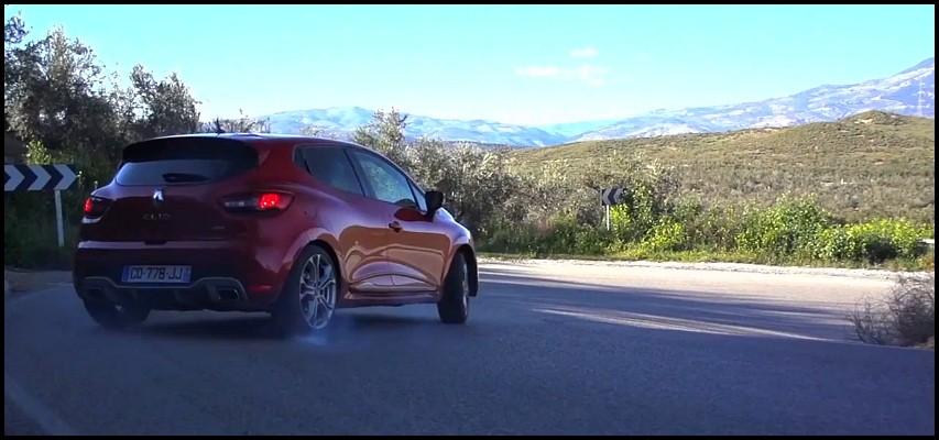 Clio RS 200 par Chris Harris