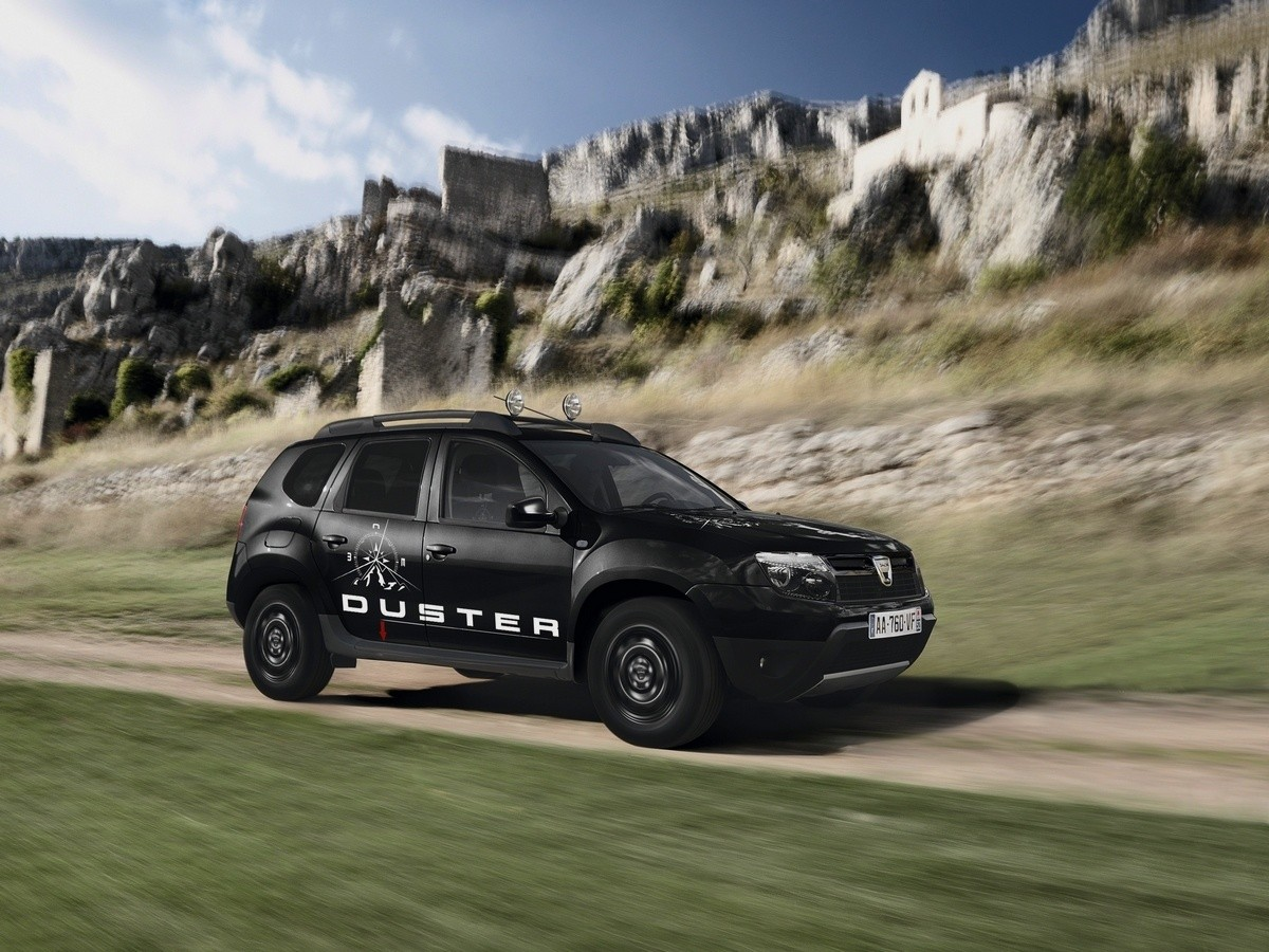 dacia duster aventure l 39 aventurier de base galerie tarifs blog automobile. Black Bedroom Furniture Sets. Home Design Ideas