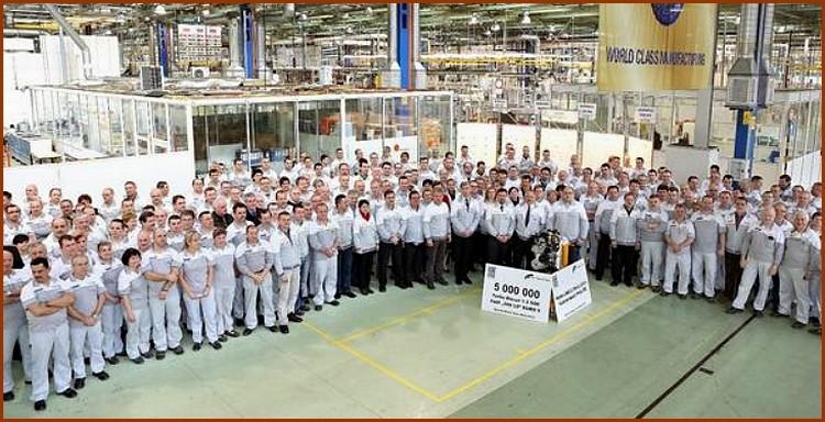 Fiat fête 5 millions de moteurs 1