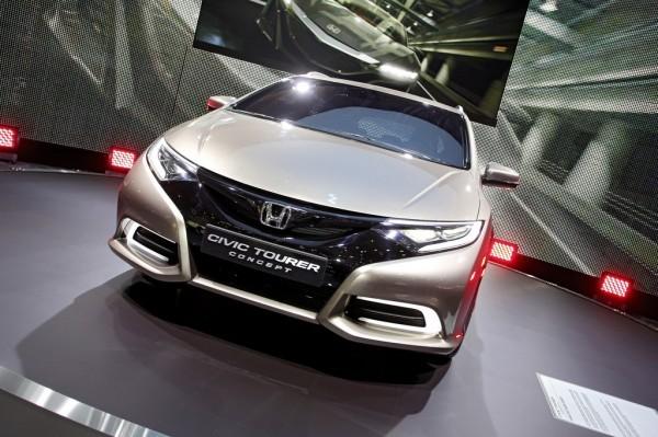Honda Civic Tourer Concept.1
