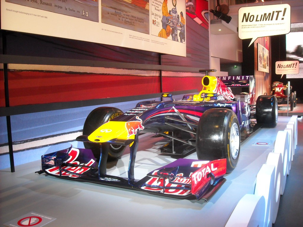 No Limit Atelier Renault RedBull (6)
