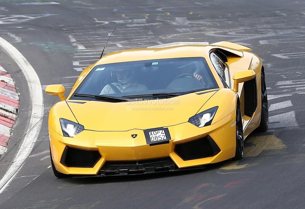 Lamborghini Aventador SV (1)