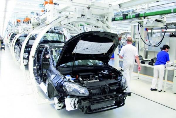 chaine de production de la Golf à Wolfsburg