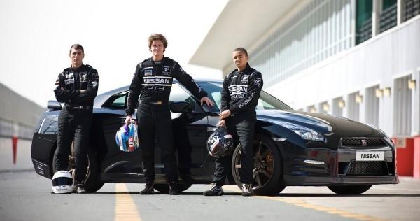 les lauréats de la Nissan PlayStation GT Academy Lucas-Ordonez-Jordan-Tresson-et-Jann-Mardenborough