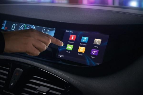 Renault-R-Link elus système multimédia embarqué de l'année